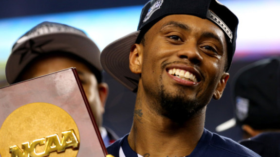 Ryan Boatright holds the National Championship trophy (Ronald Martinez/Getty Images)