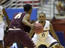 Ryan Boatright vs. College of Charleston (Patrick Raycraft / Courant)