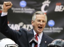 Cincy head coach Tommy Tuberville | Getty Images